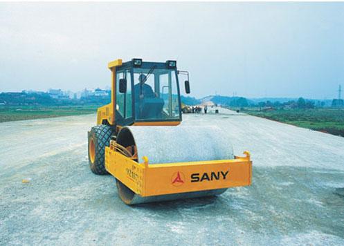 三一单钢轮压路机潭邵高速公路施工施工项目