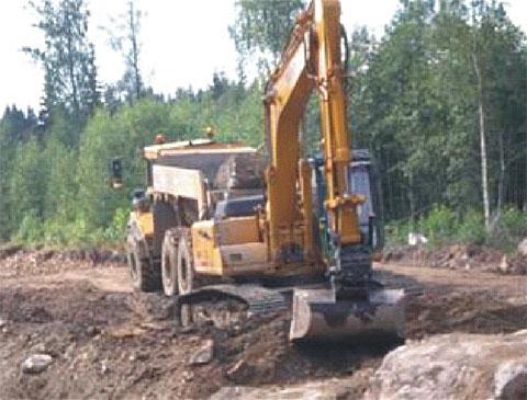 无插件直播路机奋战在瑞典61号公路拓宽工程施工项目