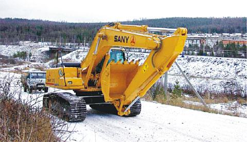 三一挖机亮剑铁矿城施工项目