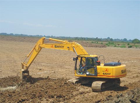 三一挖机助力厄瓜多尔经济发展施工项目