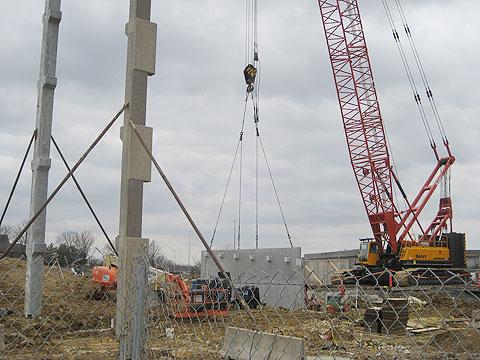 三一(SCC2500C)参与美国林肯市电厂工程项目(使用主臂46.5m工况)施工项目