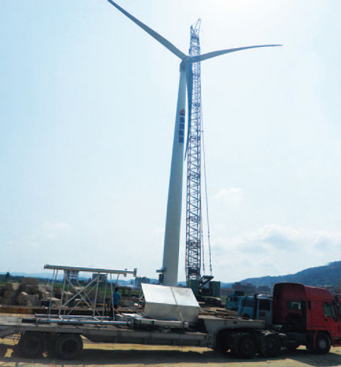 三一(SCC4000)履带起重机参与莆田东峤风电场现场吊装施工项目