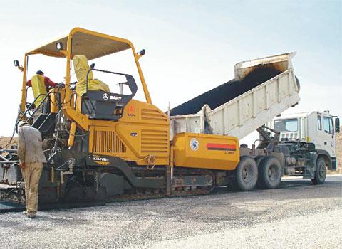 三一筑路设备参与阿尔及利亚东西高速公路工程施工项目