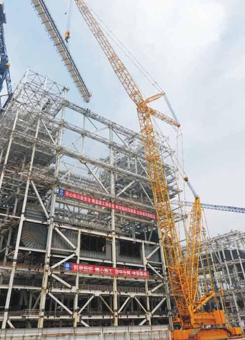 三一SCC9000履带起重机参与天津楼盘建设施工项目