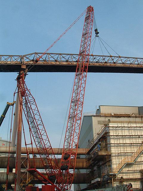 三一(SCC6300)参与上海宝钢工程-吊装运输通廊施工项目