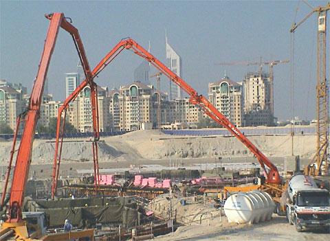 三一泵车参与迪拜塔地基工程建设施工项目