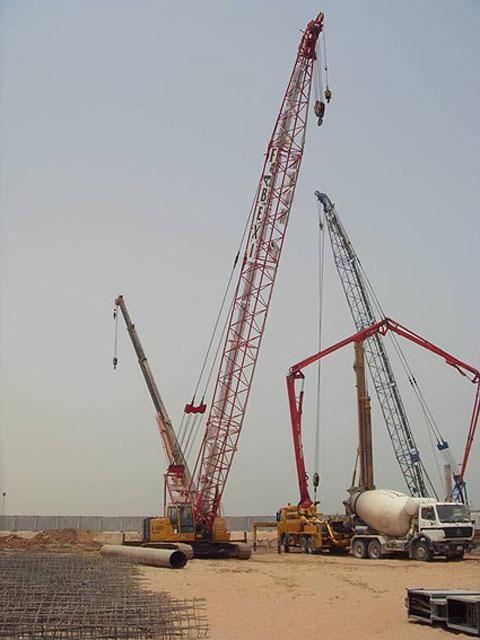 三一(SCC500E)参与阿联酋拉斯海马人工填海工程施工项目