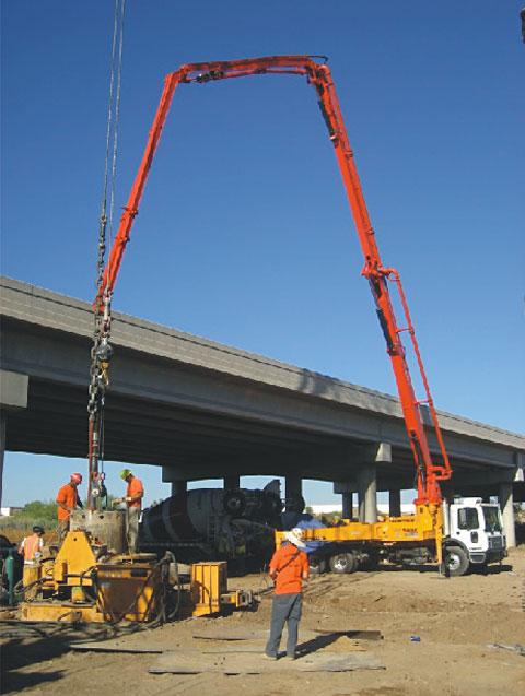三一泵车参与亚利桑那十号公路工程施工项目
