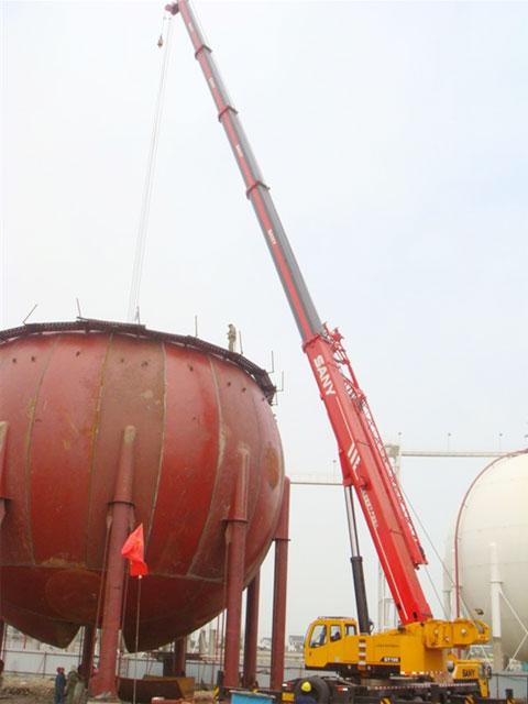 STC500S 汽车起重机参与安钢集团工地建设施工项目