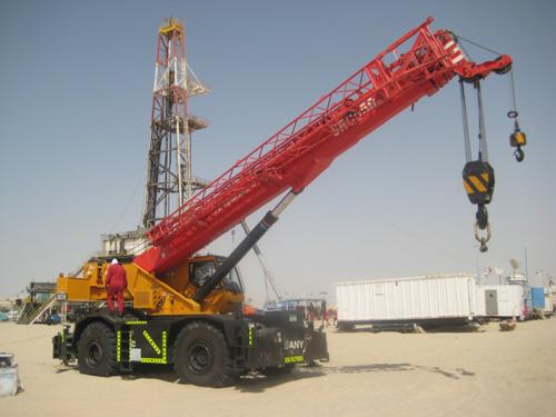 全天北京pk10赛车计划SRC550越野起重机助力阿布扎比油田工程施工项目