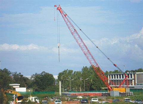 三一(SCC800C)履带起重机建设澳洲希尔顿工程施工项目