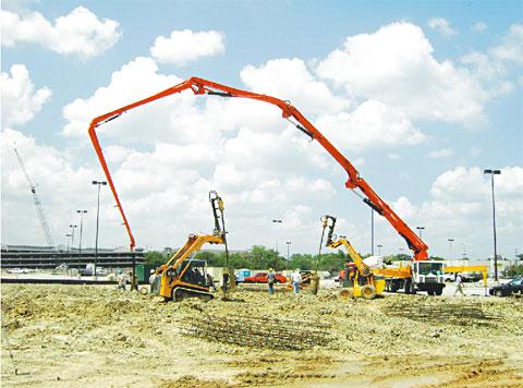 三一泵车参与美国休斯顿Memorial city shopping center建设施工项目