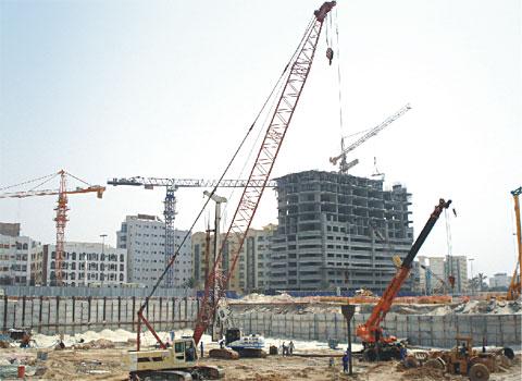 SCC500型履带起重机参与印度JHARSUGUDA电厂建设施工项目