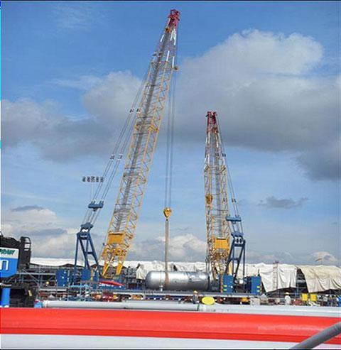 三一(SCC1500C)参与泰国LEAMCHABANG港天然气罐吊装施工项目