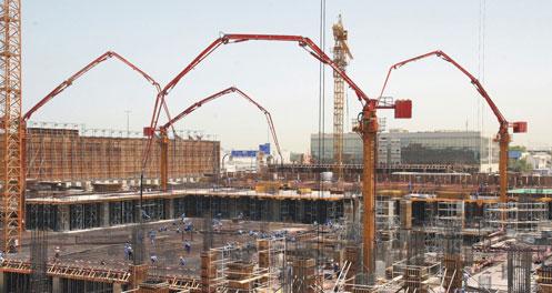 三一设备承建世界第一高楼—阿联酋迪拜塔工程施工项目