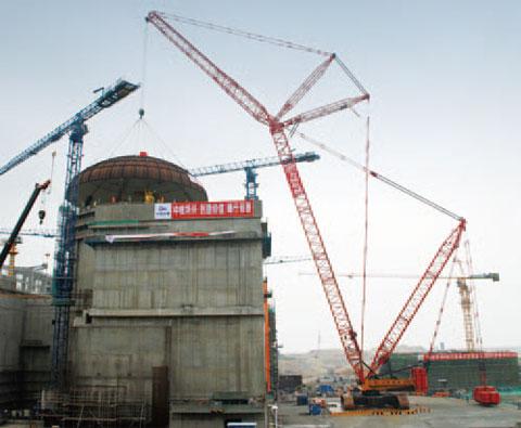 无插件直播(SCC9000)履带美食足球比分直播11年在广东阳江核电站参与穹顶吊装施工项目