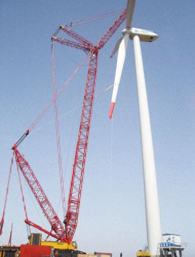 三一(SCC6300)履带起重机参与江苏大丰风电场吊装施工项目