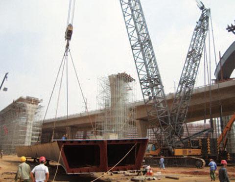 SCC4000昆明大树营立交桥施工现场施工项目