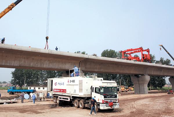 三一微泡沥青砂浆车首秀-参与建设京津高铁施工项目