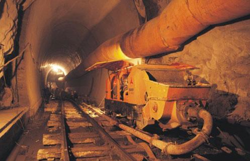 三一设备施工于歌乐山隧道施工项目