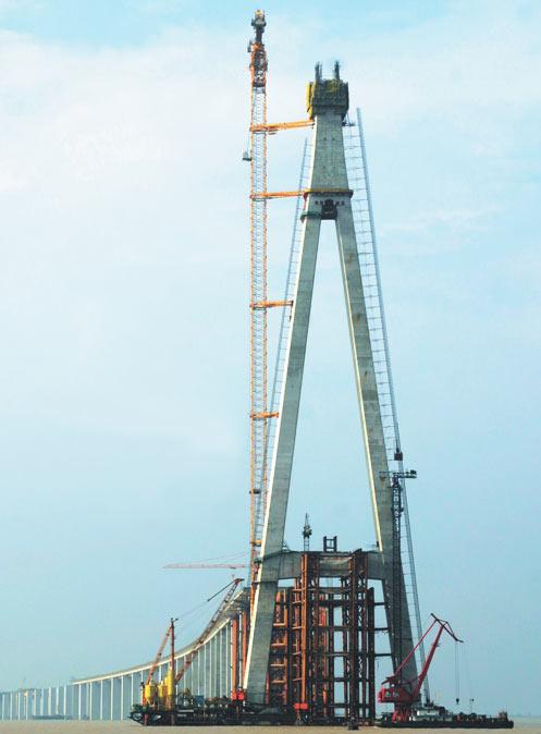 三一泵车在苏通大桥施工施工项目