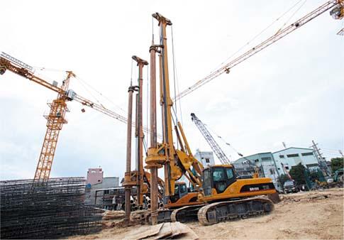 三一在越南胡志明市桩径800毫米,桩深40米施工项目