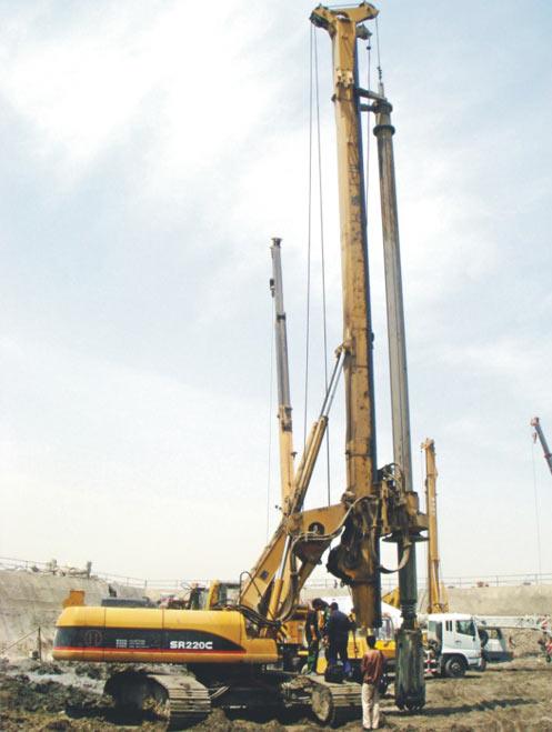 克服业界难度,钻深92米!——直击亚洲*8983台大吨位SR360全液压旋挖钻机施工项目