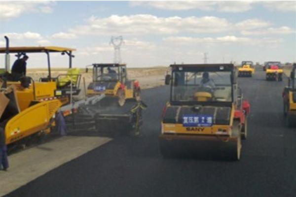 内蒙古大草原之康庄大道施工项目
