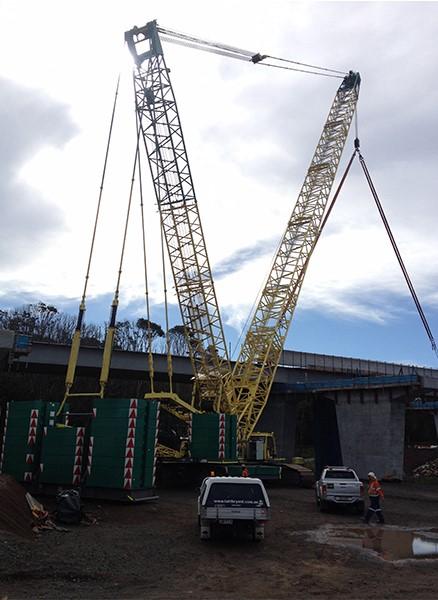 365bet重工履带吊SCC4000参与Brisbane桥梁施工项目施工项目