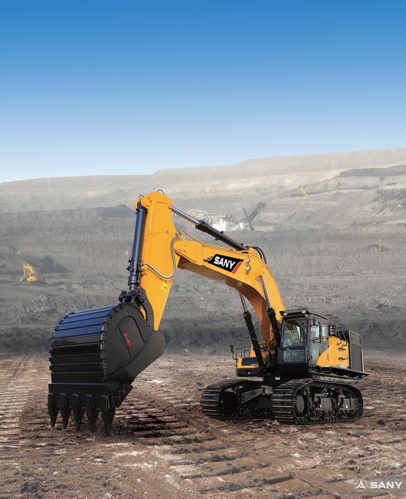 SY700H-8挖掘机在施工场地