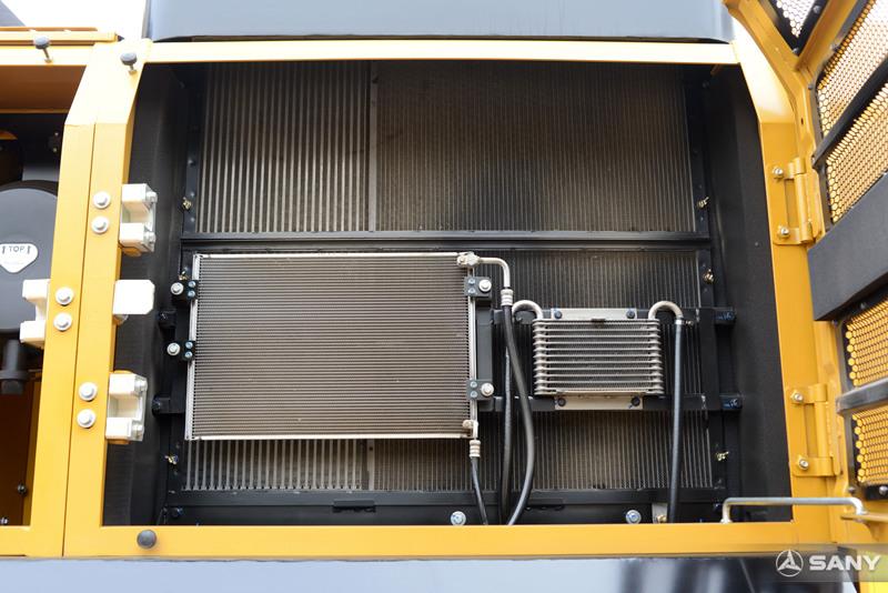 SY485H-10挖掘机空调冷凝器