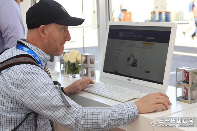 外国客户体验三一O2O电商营销模式