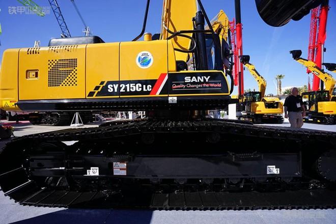 拉展实拍 专为美国市场定制的三一SY215CLC挖掘机