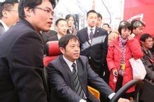新浪财经:向文波:2012年三一重工海外业务将占30%