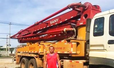 曾庆峰驾驶无插件直播泵车投入水灾救援
