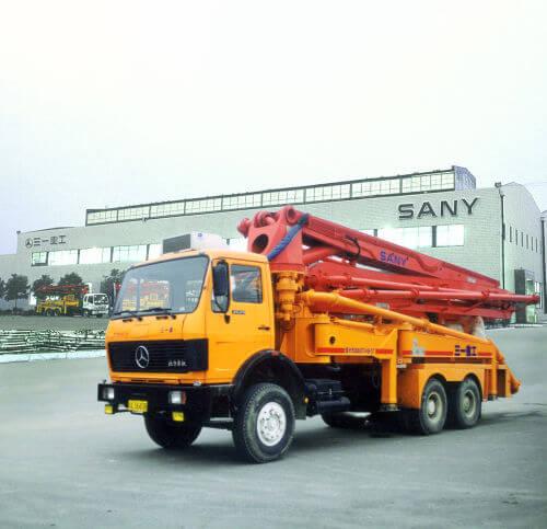 1998年自行研制37米泵车
