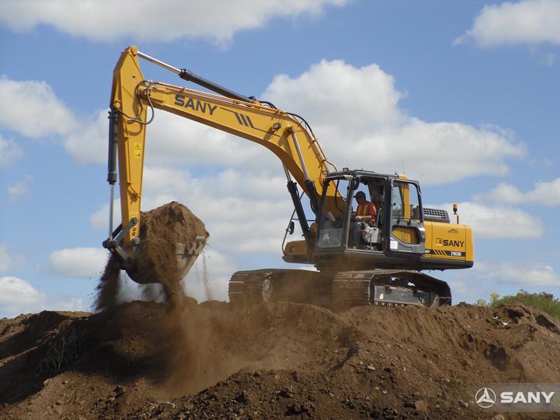 三一挖掘机在美国挖土