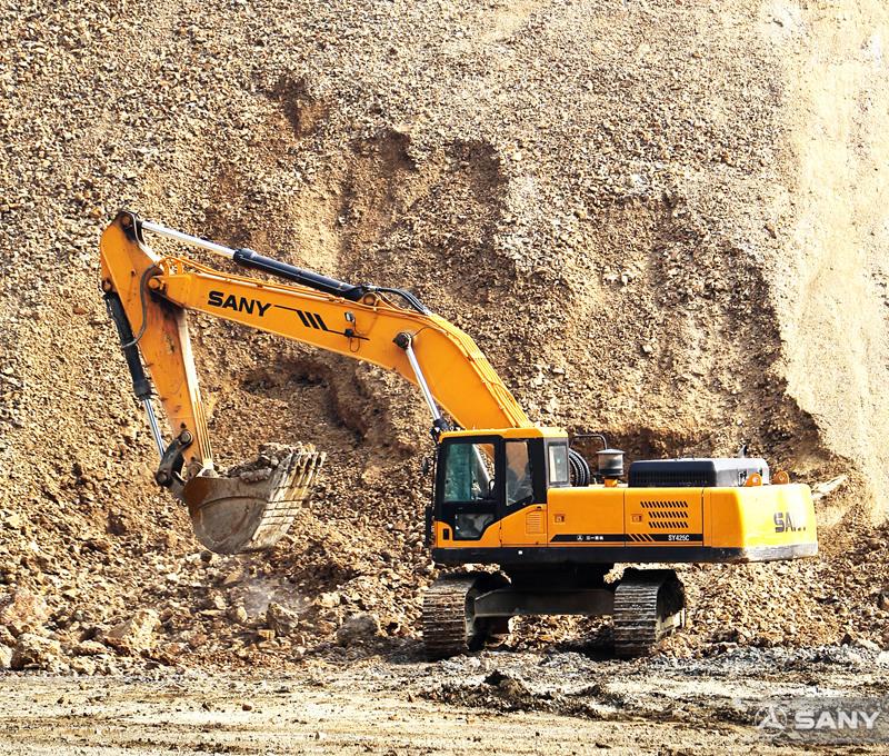 赞比亚铜矿开采现场