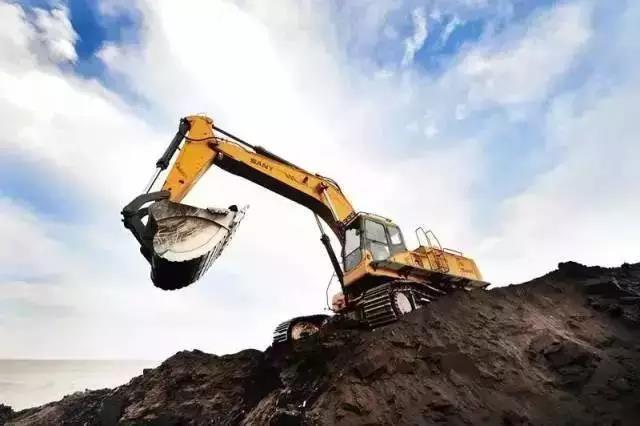 基建投资需求叠加 工程机械行业迎来拐点有望持续回暖