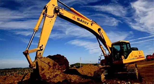 """西藏老板:4台外资挖机遭遇""""高原反应"""",看三一挖机如何救场?"""