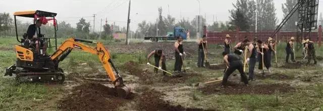 权威视频公布:万万没想到,三一微挖施工比武战胜十八壮汉!