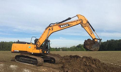 挖掘机施工中常被忽视的高难度甩土技巧解析