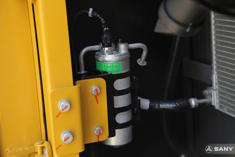 液压挖掘机干燥瓶