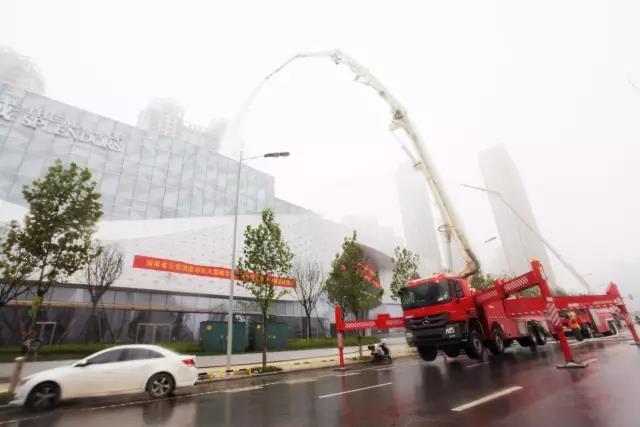 三一举高喷射消防车参加湖南消防演练再创佳绩