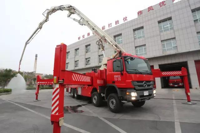 创新是坚守 ——访ca88亚洲城娱乐消防装备所副所长徐国荣
