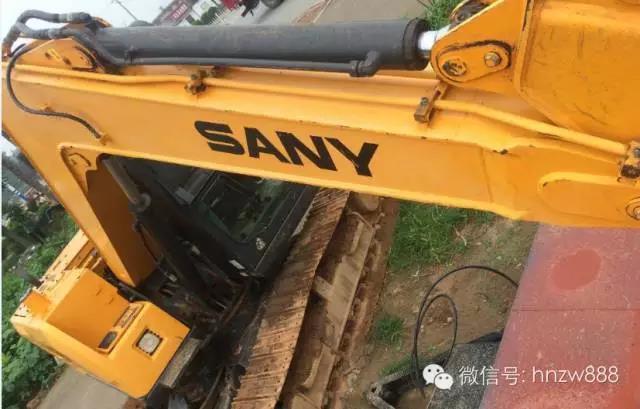 挖掘机五大件的正常使用和保养方法