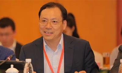 中国制造业高峰论坛举行 三一集团总裁唐修国分享三一转型经验