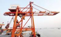 港机事业部:马来西亚第一大港 7台三一双箱堆高机中标