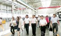 73个国内外城市代表团参观西北产业园