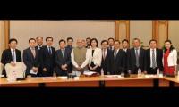 """中国企业""""抱团出海"""" 777真人娱乐与印度签订合作协议"""